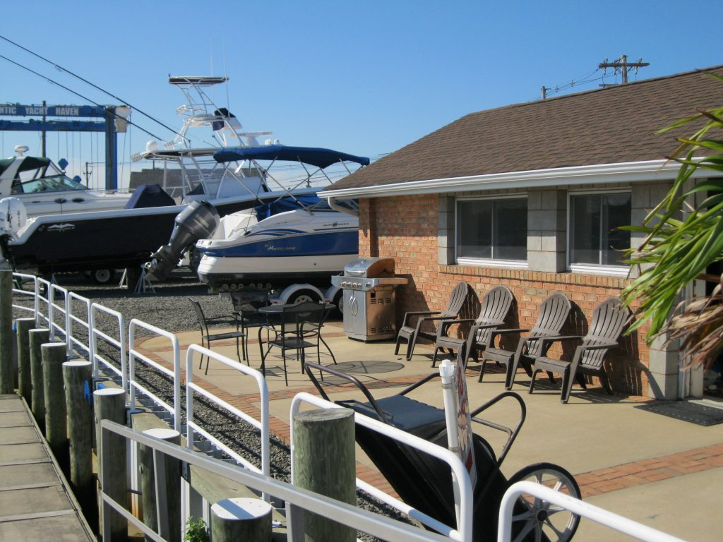 yacht haven amenities